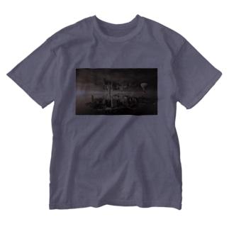 反転した街 Washed T-shirts