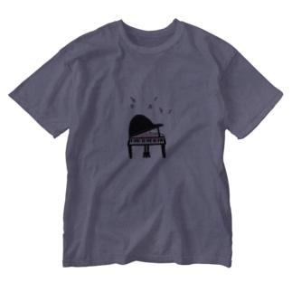 グランドピアノ Washed T-shirts