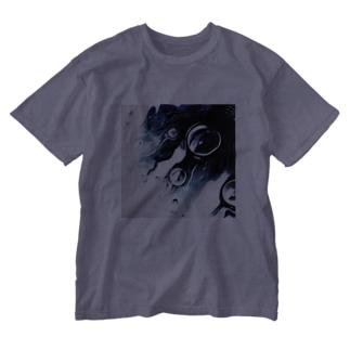 floating noir Washed T-shirts