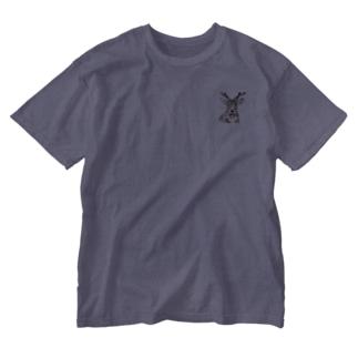 コスモスと鹿 Washed T-shirts