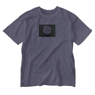 国境のマンホール Washed T-shirts