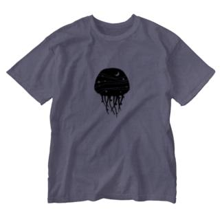 夜のクラゲ Washed T-shirts