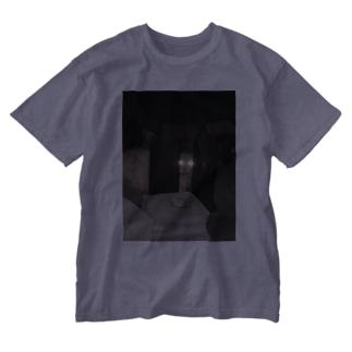ばにーすぺーの警戒のらねこ Washed T-shirts