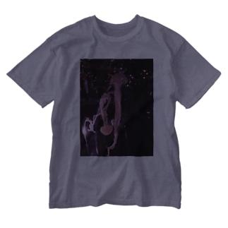 Jellyfish galaxy Washed T-shirts