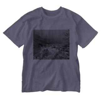 雪山@白川郷 Washed T-shirts
