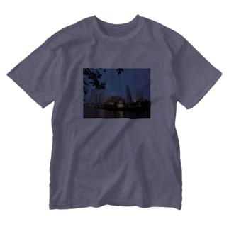 みなとみらいの夜景 Washed T-shirts