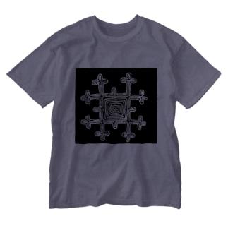 アイヌの刺繍文様 Washed T-shirts