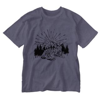 山はいいぞ Washed T-shirts