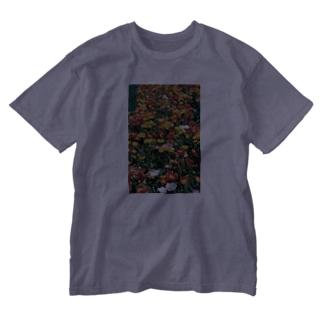 こんな暖かな彩に乗って・・・ Washed T-shirts