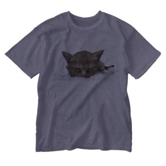 しあわせにゃんこ おひるね2 Washed T-shirts
