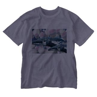 クジラ🐳 Washed T-Shirt