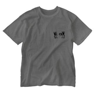 ビーチするフレンチブルドッグ Washed T-shirts