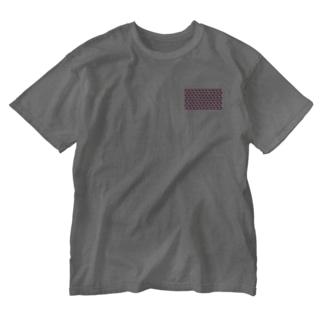 kana design factoryの3Dハートのかわいいパターン Washed T-shirts