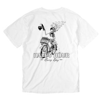 """HAPPY HOUR""(B&W) #2 Washed T-Shirt"