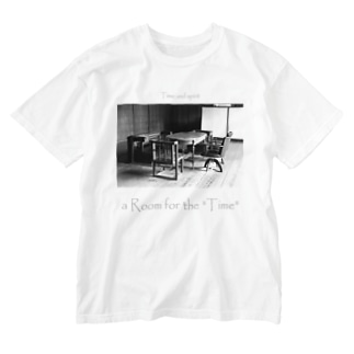 "a Room for the ""Time"" ~ BW Washed T-shirts"