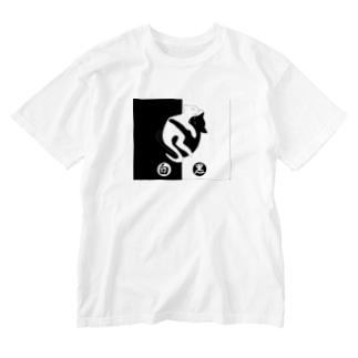白黒猫ちゃん A Washed T-shirts
