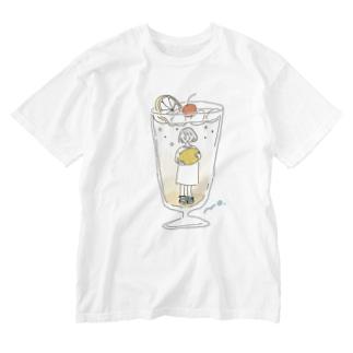レモンスカッシュの彼女 Washed T-shirts