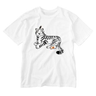 虎と鳥 Washed T-shirts