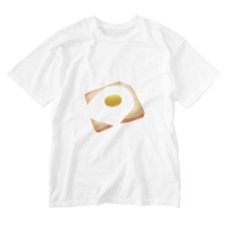 目玉焼きットースト Washed T-shirts