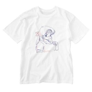 アイスクリームほおばる子(しんぷる) Washed T-shirts