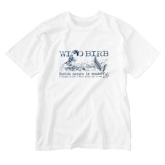 aliveONLINE SUZURI店のWILD BIRB Washed T-shirts