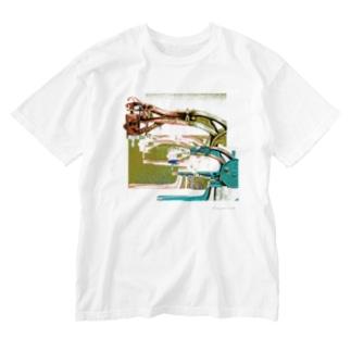 再構成~棄てられたミシン1 グリーン Washed T-shirts