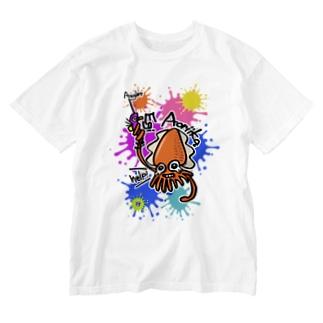 (釣りざんまい)エギに釣られるアオリイカ ビビットカラーバージョン Washed T-shirts