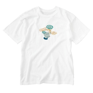 皿回しできるうさぎ Washed T-shirts