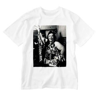 SADAHARU_ HIGA_HAUTE COUTREのSADAHARU HIGA HAUTE COUTURE・アムロにはなれなかったけどトシミにはなれた女装。 Washed T-shirts