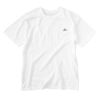 undo action Washed T-shirts