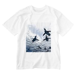 泳げペンギン君 Washed T-shirts