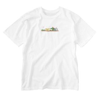 大きな大きなオカメ Washed T-shirts
