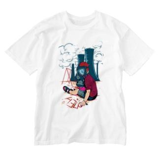 boy wearing gas mask Washed T-shirts