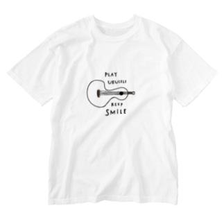 PLAY UKULELE KEEP SMILE  Washed T-shirts