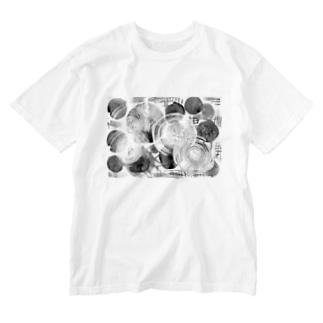 集まる円 白 Washed T-shirts