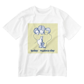 Today is nuduca day Washed T-shirts