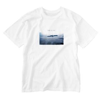 サメの出そうな海 Washed T-shirts