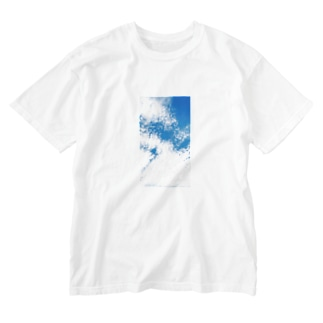 Scale cloud. Washed T-shirts