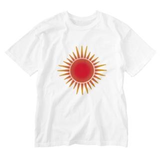 真っ赤に燃える太陽 Washed T-shirts