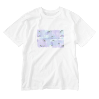 Serendipity -Scenery In One's Mind's Eye-の水槽のアベニーパファー Washed T-shirts