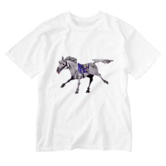 芦毛の馬 Washed T-shirts