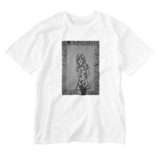 ハワイの中華料理屋で働く女性♀ Washed T-shirts