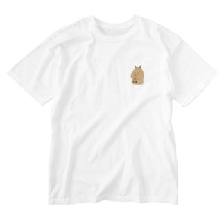 Capybara「Pokke」赤チューリップ2 Washed T-shirts