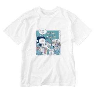 MINI BANANA ゴリラの親子のMINI BANANA 夜 Washed T-Shirt