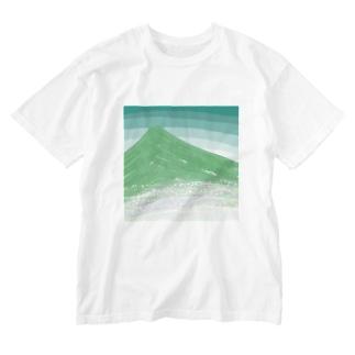 山と花畑 Washed T-shirts