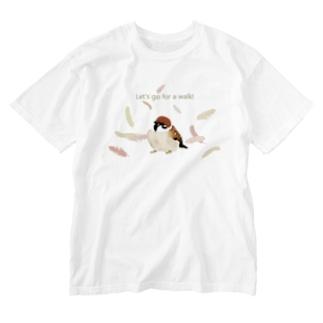 お散歩スズメ3(羽) Washed T-Shirt