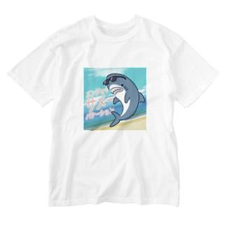 エンジョイサメーバケーション Washed T-shirts