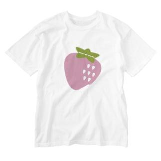 いちご🍓🍼💭💕 Washed T-shirts