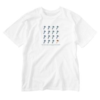 PokuStarのネジに紛れてシイタケ Washed T-shirts