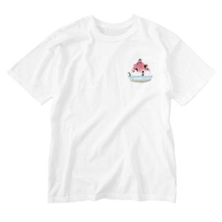 かき氷とペンギンたち② Washed T-Shirt